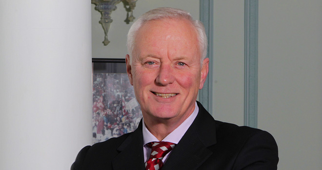 directors_barry-hearn